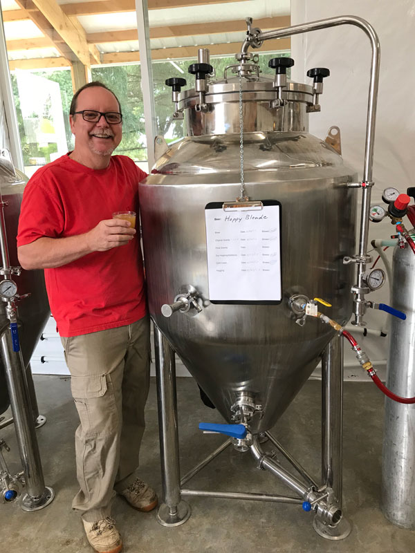 Bill Schwartz at Boring Brewing | Micro Brewery in Boring OR | Kegs Crowlers and Growler Fills